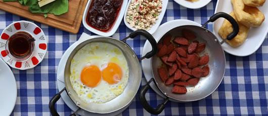 kale-kafe-sahanda-yumurta